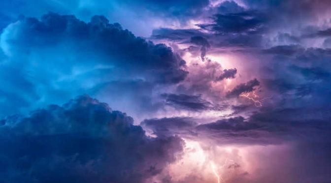 zagrożenie upałami i burzami